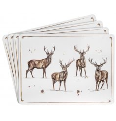 With its sweet sketched stag patterns and details, this set of 4 placemats will be sure to add a festive winter touch