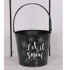 Add a chic winter touch to any garden or interior theme with this large metal coal bucket,