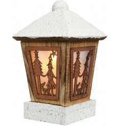 Project a beautiful warming glow into any home space or scenery with this vintage inspired street lamp lantern
