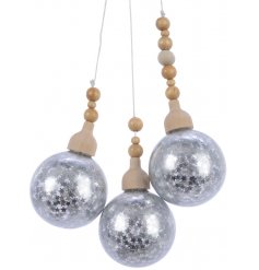 Hang this chic cluster of glass baubles in your Christmas tree this season for a Winter Wonderland touch