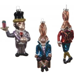 Bring a Classical trend to any tree decor at Christmas with these metallic coloured hanging animal figures