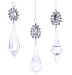 Bring an elegant sparkle to any Christmas tree decor with these beautifully decorative hanging crystal ornaments