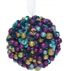 Bring a colourful Luxe edge to your Christmas tree display this year with this purple infused foam cluster bauble