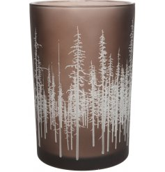 Bring a rustic woodland touch to any home display or set up with this charming glass tlight holder