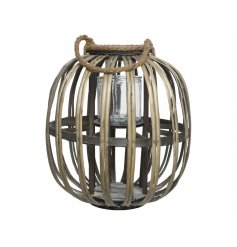 Bring home a rustic edge with this beautifully finished willow lantern