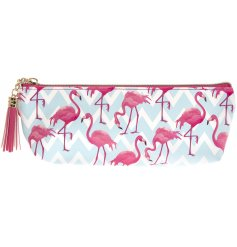 Add a funky flamingo feel to any outfit or style with this trendy and colourful cosmetics bag