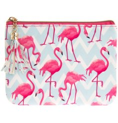 Add a funky flamingo feel to any outfit or style with this trendy and colourful coin purse