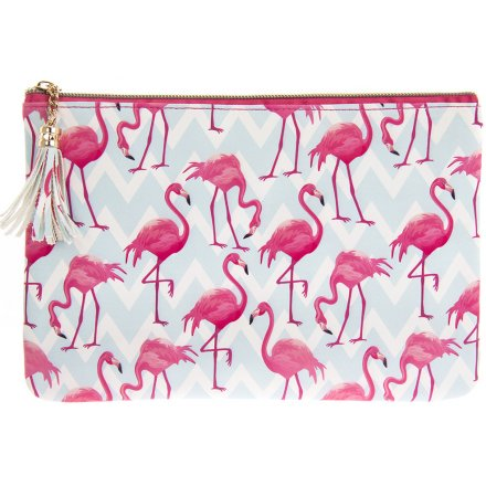 Add a funky flamingo feel to any outfit or style with this trendy and colourful clutch bag