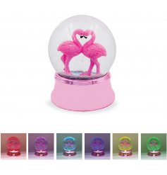 With its illuminating LED base and flowing glitter liquid, this Flamingo themed waterball is a great little gift idea!