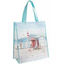 Bring a touch of the ocean to any day out or picnic at the beach with this beautifully finished 'Sandy Bay' themed bag