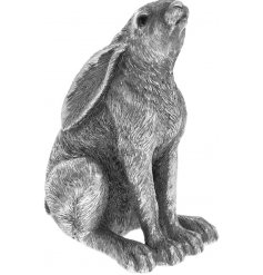 Set in a distressed silver tone, this beautiful posed hare will look perfect in any vintage themed home