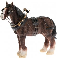 Add a vintage country charm touch to any interior space with this stunningly detailed Shire Horse ornamental figure