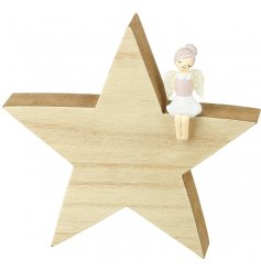 A sweet and simple christmas decoration, perfect for any festive themed decor, or princess bedroom at christmas