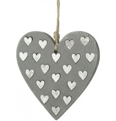 Add a rustic vibe to your christmas decor this season with this sleek hanging concrete heart decoration
