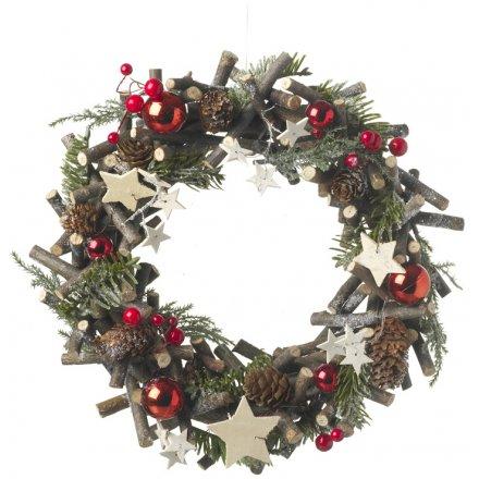 Berry & Twig Round Wreath 30cm