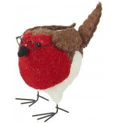 A sweet standing Robin Red Breast perfectly finished in a woollen material and topped with a pair of reading glasses