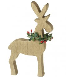 Bring a rustic edge to any home decor this festive season with this beautifully finished wooden decoration