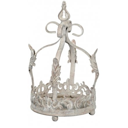 this decorative crown will be sure to look perfect amongst any additional home decor