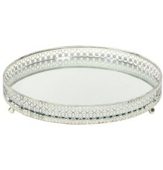 A Round Silver Mirrored Candle Tray