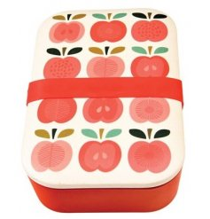 Bring a tasty touch to your lunch times with this quirky vintage apple themed plastic bento box
