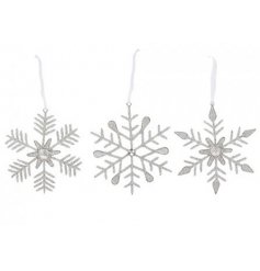Bring a sparkling touch to any themed Tree decor this Christmas time with this beautiful assortment of hanging snowflak