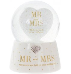 A Mad Dots Mr & Mrs Musical Waterball