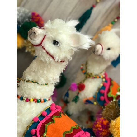 Llama Christmas Decorations.Dat001a Traditional Llama Christmas Decoration 37cm