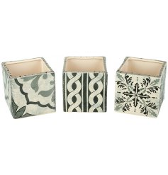 Bring a charming green touch to any Rustic Edge living environment with this sleek assortment of Dolomite square pots
