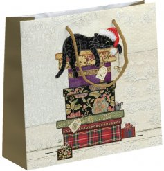 Bring a sweetly vintage edge to any gift giving event this Christmas season with this beautifully finished festive cat