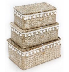 Bring a charming Spring touch to your home spaces with this set of 3 sized storage baskets