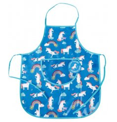 With its blue background and scattered unicorn print, this apron will want to be worn by any little ones!
