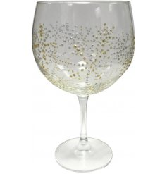 Bring a touch of Luxury to your toasts this Christmas season with this beautifully decorated tall stemmed Gin Glass