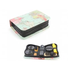 A World Traveller Print Shoe Cleaning Kit