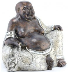 Bring a stylish Silver Luxe inspired edge to your home interior with this beautifully detailed Sitting Buddha Ornament