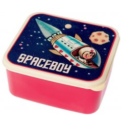 A fun and retro inspired children lunch box in a red tone with a easy push on Spaceboy decorated lid