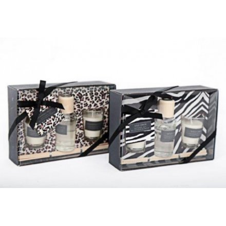 A safari design fragrance gift set including scented candles and a reed diffuser. A lovely gift item.