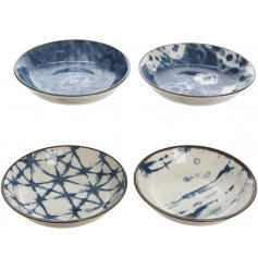 an assortment of 4 mini bowls, each set with its own blue toned pattern