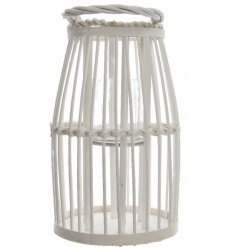 A beautifully chic natural willow lantern set with a woven handle finish.