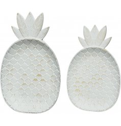 A set of 2 white distressed pineapple shaped plates with plenty of texture! A shabby chic style decoration.