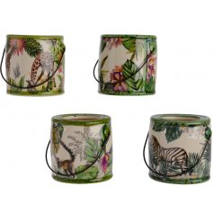 A mix of 4 colourful palm leaf planters with assorted animals. Complete with handles.