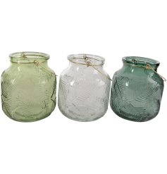 Assorted by their Green and Clear tones, these On Trend home accessories will be sure to bring a Natural sense