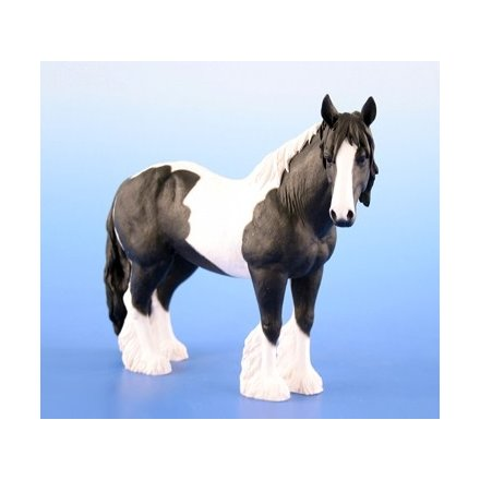 Black & White Gypsy Cob Figure (Med)