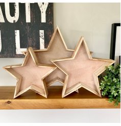 Bring a natural charm to any home interior with this set of 3 sized star trays