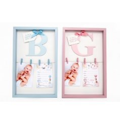 A mix of 2 charming 3D frames in baby boy and baby girl designs.