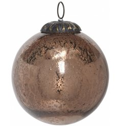 Bring a vintage inspired setting to your tree decor at Christmas time with this beautifully antique glass bauble