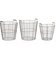 A set of 3 sized rustic wire baskets with wooden handle features