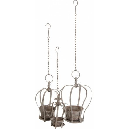 A set of 2 antique style crown planters with chain hangers. A unique and stylish gift for the garden.