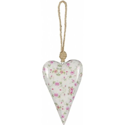 A pretty ditsy floral heart hanger. A lovely shabby chic decoration.