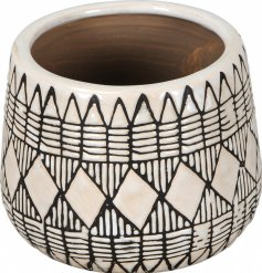 Set with an embossed Geometric theme, this black and white toned pot will be sure to tie in with any themed home decor