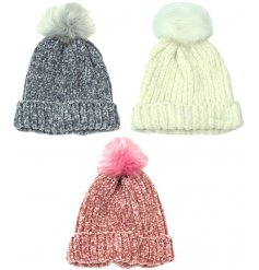 A mix of 3 cosy chenille hats in pretty pastel colours. Complete with an on trend fluffy pom pom.
